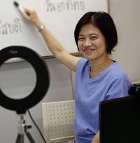 タイ語講師 ワールド外語学院